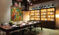 Dining with Crockery - Villa Tiga Puluh - Seminyak, Bali