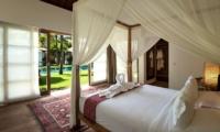 Four Poster Bed - Villa Tiga Puluh - Seminyak, Bali