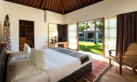 Bedroom with Seating Area - Villa Tiga Puluh - Seminyak, Bali