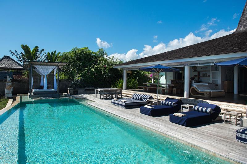 Pool Side Loungers - Villa Seriska Seminyak - Seminyak, Bali