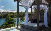 Pool Bale - Villa Seriska Seminyak - Seminyak, Bali