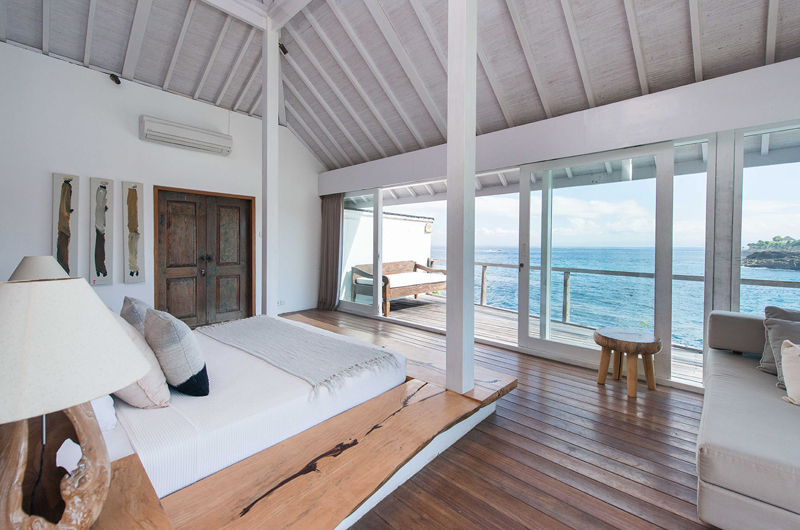 Bedroom with Sea View - Villa Seriska Seminyak - Seminyak, Bali