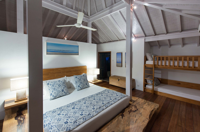 Bedroom with Bunk Beds - Villa Seriska Seminyak - Seminyak, Bali