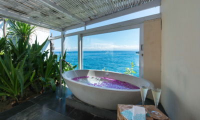 Romantic Bathtub Set Up - Villa Seriska Seminyak - Seminyak, Bali