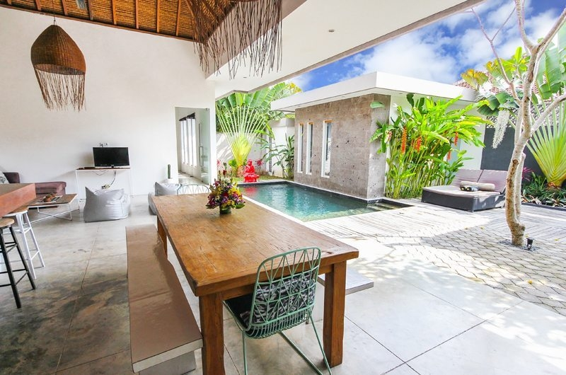 Dining Area with Pool View - Villa Turtle - Seminyak, Bali