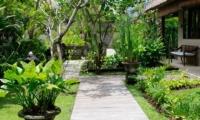 Pathway - Villa Waringin - Pererenan, Bali