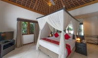 Bedroom with TV - Villa Zanissa Villa Nissa - Seminyak, Bali