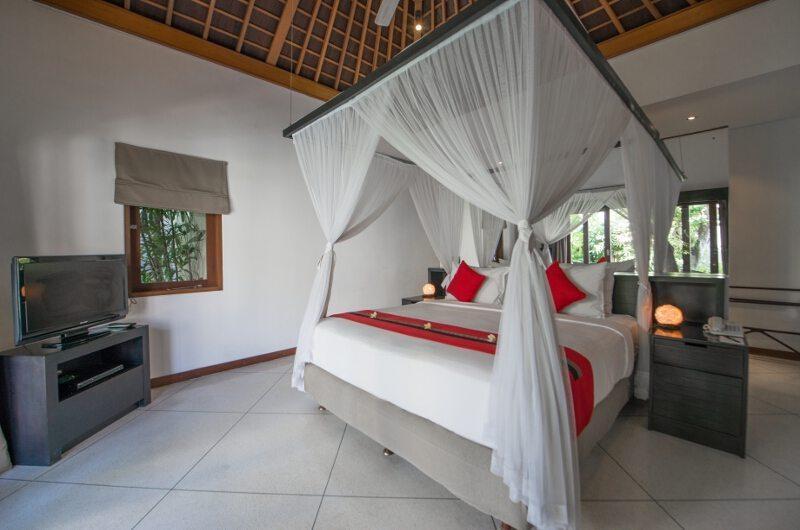 Bedroom with TV - Villa Zanissa Villa Zack - Seminyak, Bali