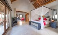 Spacious Bedroom - Villa Zanissa Villa Zack - Seminyak, Bali