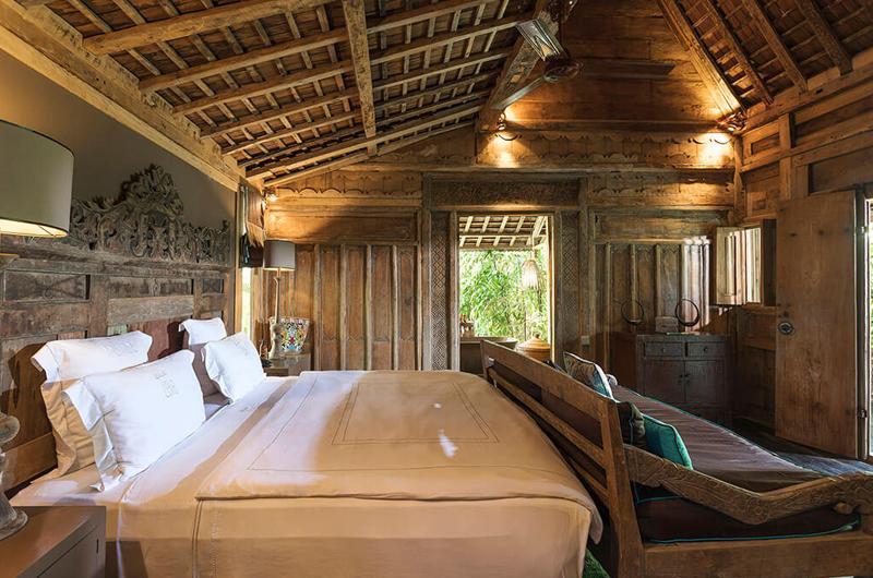 Bedroom with Wooden Floor - Villa Zelie - Canggu, Bali