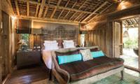 Bedroom with Seating Area - Villa Zelie - Canggu, Bali