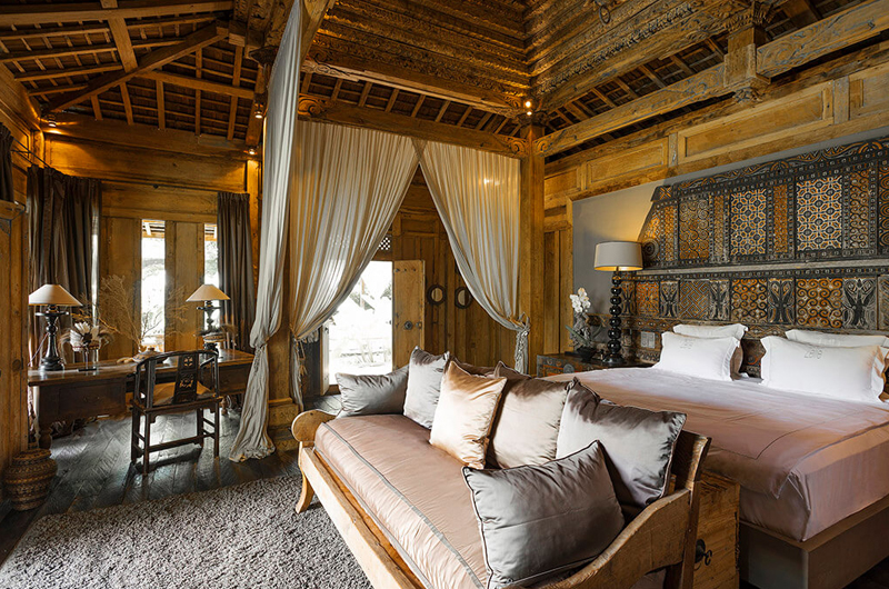Bedroom with Sofa - Villa Zelie - Canggu, Bali