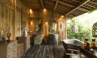 His and Hers Bathroom with Bathtub - Villa Zelie - Canggu, Bali