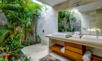 Semi Open His and Hers Bathroom - Vitari Villa - Seminyak, Bali