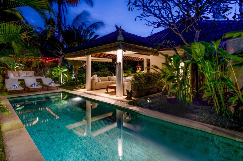 Pool Bale - Vitari Villa - Seminyak, Bali