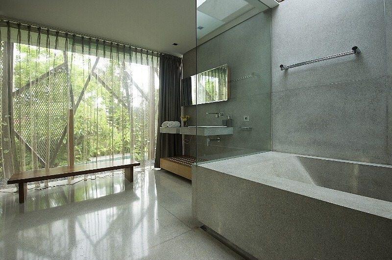 Bathroom with Bathtub - Ziva A Residence - Seminyak, Bali
