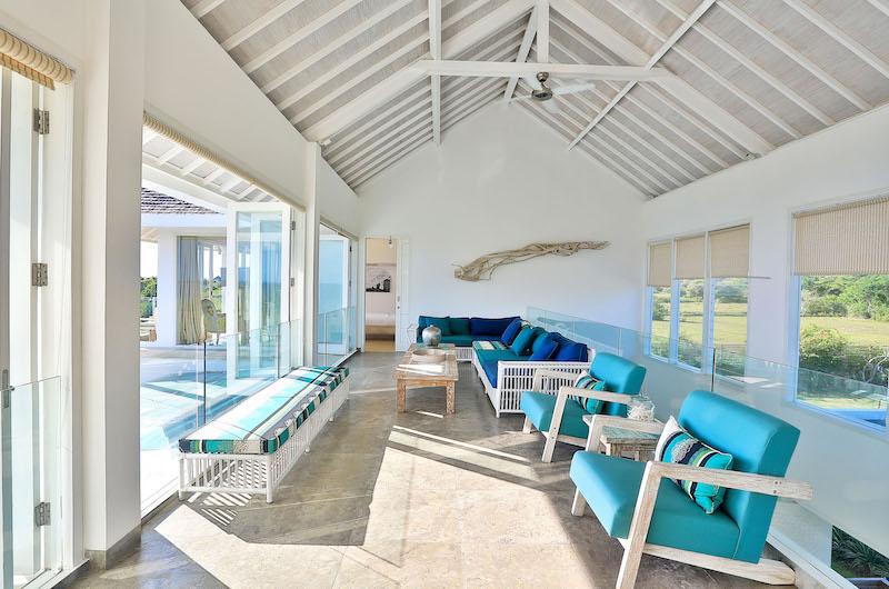 Indoor Lounge Area - Villa Putih - Nusa Lembongan, Bali