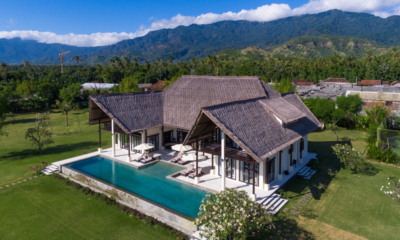 Gardens and Pool - Bali Il Mare - Pemuteran, Bali