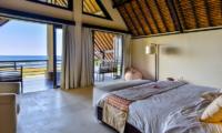 Bedroom and Balcony with Sea View - Bali Il Mare - Pemuteran, Bali