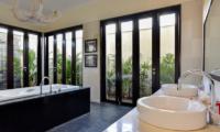 His and Hers Bathroom - Bali Il Mare - Pemuteran, Bali