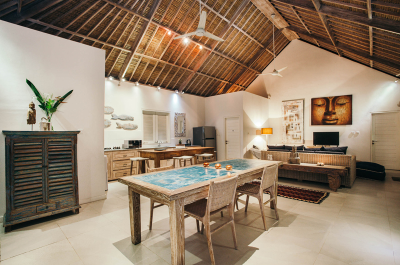 Living, Kitchen and Dining Area - Escape - Nusa Lembongan, Bali