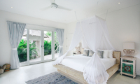 Spacious Bedroom with Garden View - Escape - Nusa Lembongan, Bali