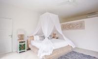 Spacious Bedroom - Escape - Nusa Lembongan, Bali