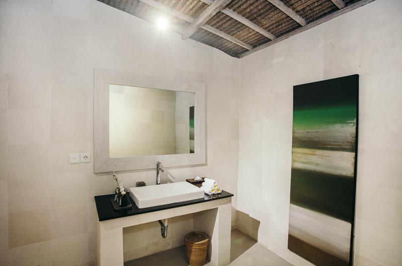 Bathroom - Escape - Nusa Lembongan, Bali