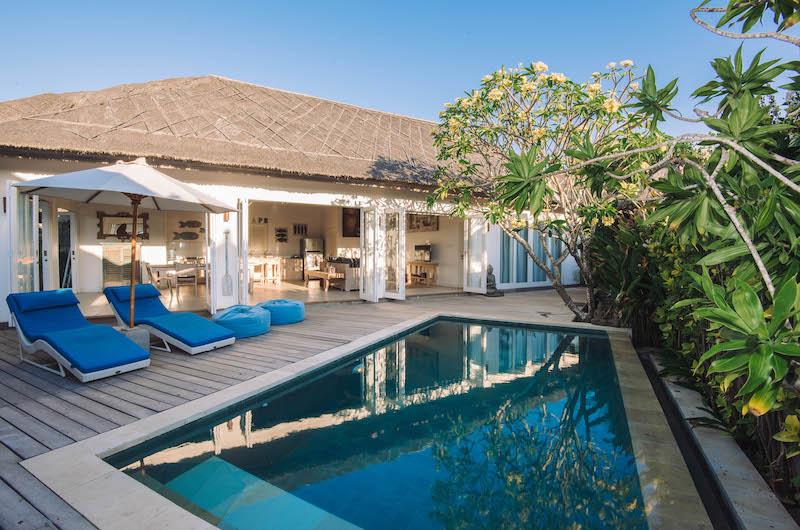 Swimming Pool - Escape - Nusa Lembongan, Bali