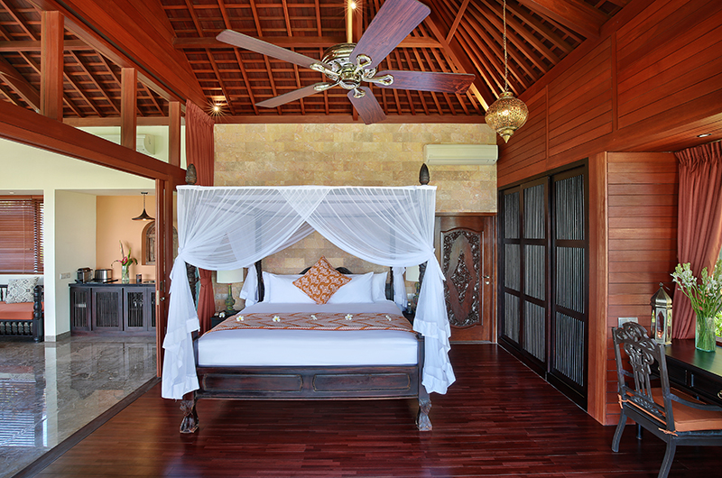 Bedroom with Wooden Floor - Hidden Hills Villas Villa Marrakesh - Uluwatu, Bali