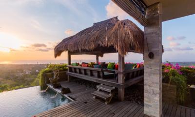 Pool Side Seating Area - Hidden Hills Villas Villa Raja - Uluwatu, Bali