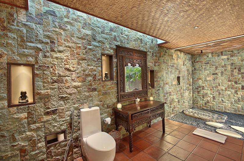 En-Suite Bathroom - Hidden Hills Villas Villa Sanya - Uluwatu, Bali
