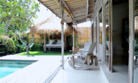 Pool Bale - Santai Beach House - Canggu, Bali