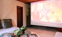 Media Room with Lounge - Sound Of The Sea - Pererenan, Bali