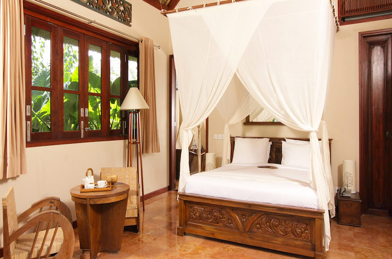 Bedroom with Seating Area - Sound Of The Sea - Pererenan, Bali