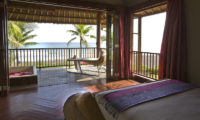 Bedroom and Balcony with Sea View - Sound Of The Sea - Pererenan, Bali