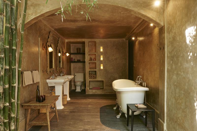 En-Suite His and Hers Bathroom - The Island Houses - Desu House - Seminyak, Bali