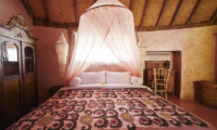 Bedroom with Mosquito Net - The Island Houses - Round House - Seminyak, Bali