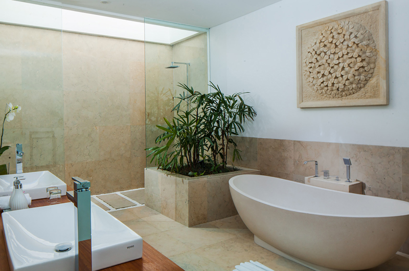 His and Hers Bathroom with Shower - The Palm House - Canggu, Bali