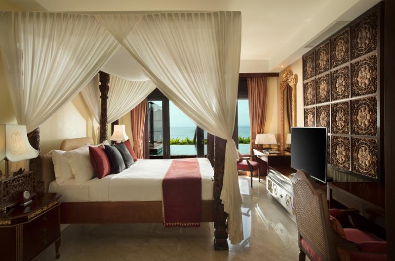 Bedroom with Pool View - The Villas At Ayana Resort Bali - Jimbaran, Bali