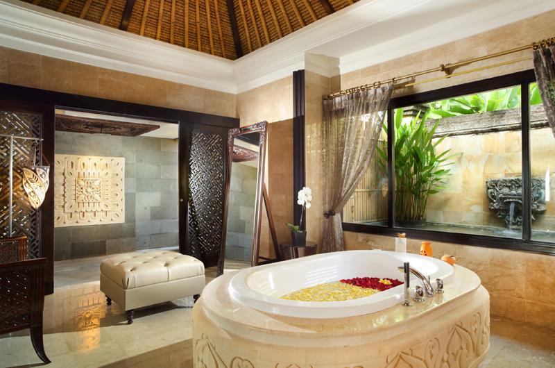 Romantic Bathtub Set Up - The Villas At Ayana Resort Bali - Jimbaran, Bali