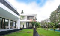 Lawns - Umah Tenang - Seseh, Bali