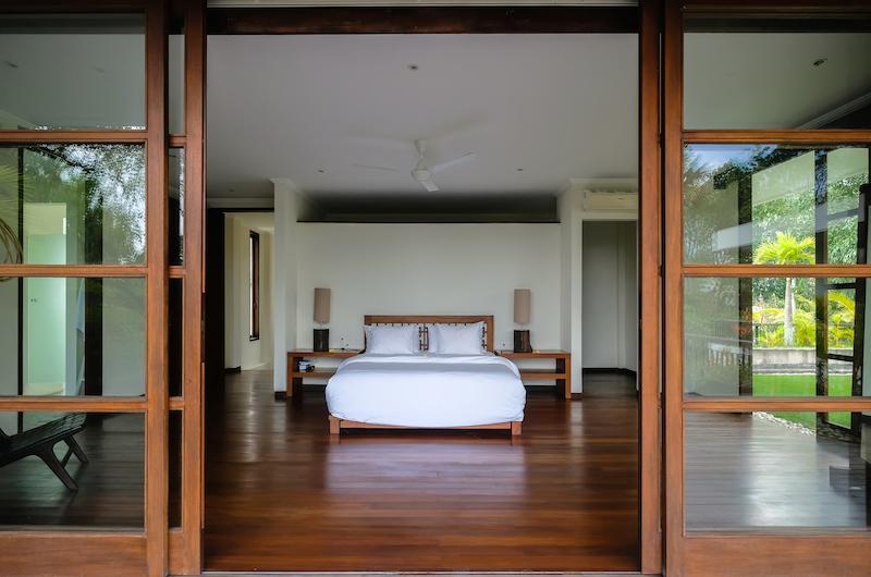 Bedroom with Wooden Floor - Umah Tenang - Seseh, Bali