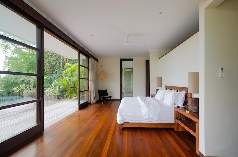 Spacious Bedroom with Wooden Floor - Umah Tenang - Seseh, Bali
