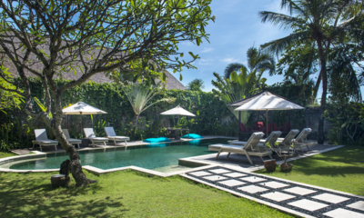 Gardens and Pool - Villa Anyar - Umalas, Bali