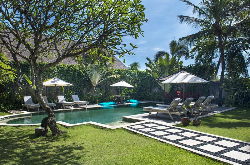 Gardens and Pool - Villa Anyar - Umalas, Bali