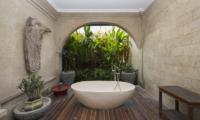 Bathtub - Villa Anyar - Umalas, Bali
