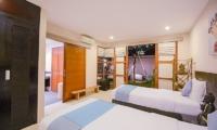 Twin Bedroom with Pool View - Villa Chezami - Legian, Bali