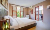 Bedroom and Bathroom - Villa Chezami - Legian, Bali