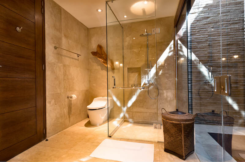 Bathroom with Shower - Villa Gumamela - Candidasa, Bali